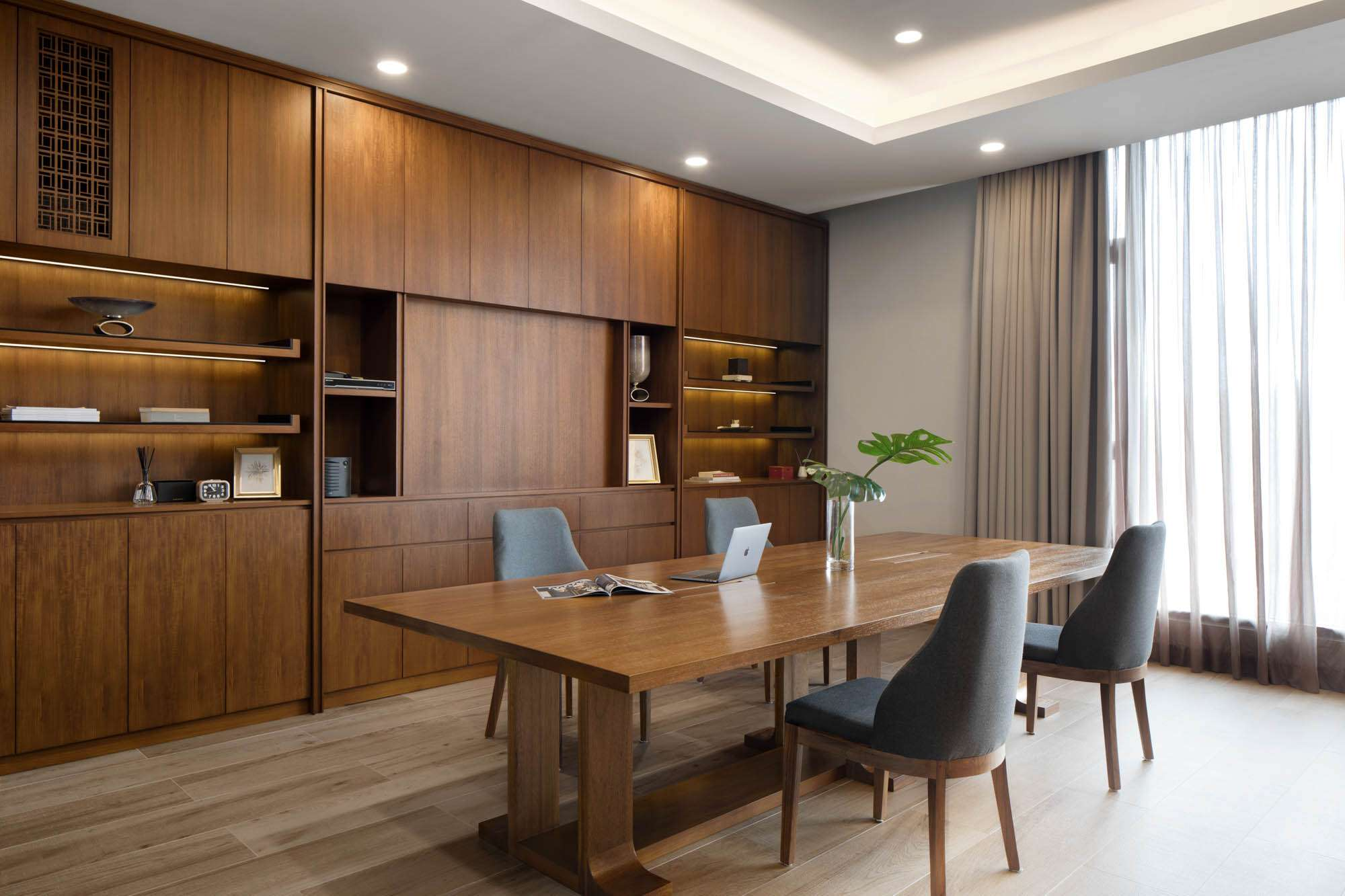 ARF Interior  Jakarta-Based, Luxurious built-in Furniture